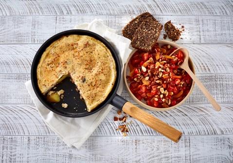Tortilla med tomatsalat