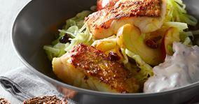 Karryfisk med hvidkål og æble
