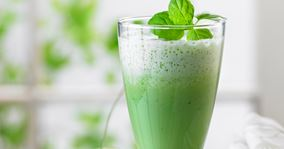 Smoothie med agurk og mynte