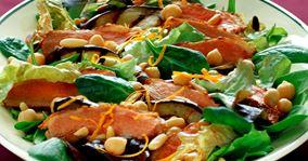 Salat med andebryst og auberginer