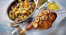 Langtidsstegt lammekølle i ovn med ostegratinerede kartofler