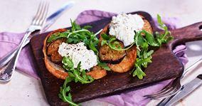 Bruschetta med stegt aubergine