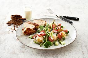 Kartoffelsalat med mormordressing og syltede rabarber